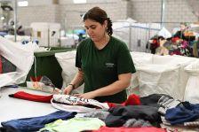 Humana ha recuperat més de 3 tones de roba usada durant el primer semestre de l'any.